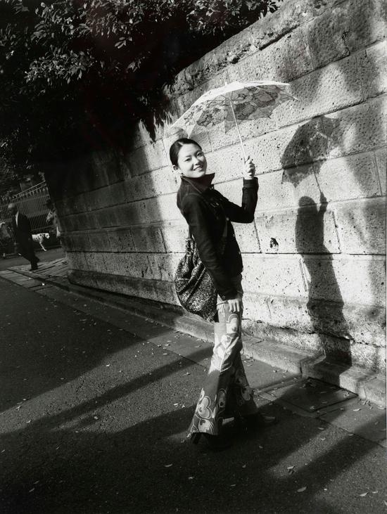 荒木经惟(b.1940) KAROI   银盐相片   2016年作