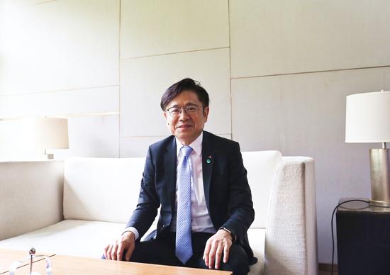 三菱电机株式会社执行董事、中国总代表 ,三菱电机(中国)有限公司董事长兼总经理,富泽克行。