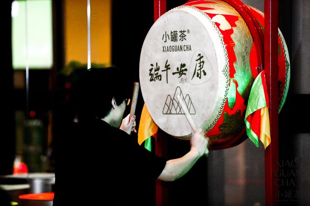 李拙文先生现场表演中国鼓