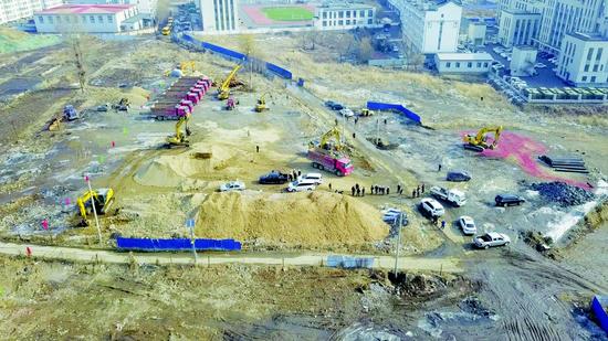 集安新建项目破土动工。 记者马清君摄