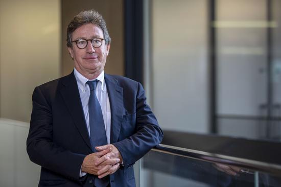 Louis Camilleri突然辞任法拉利CEO 公司再次面临领导层危机